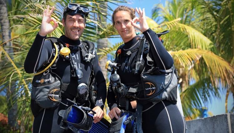 Try scuba diving for beginners   Atlantis Bali Diving
