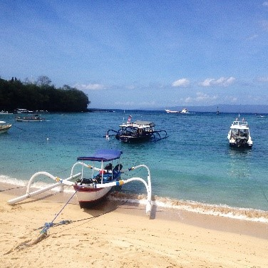 Blue Lagoon & Tropical fish - Padangbai | Atlantis Bali Diving